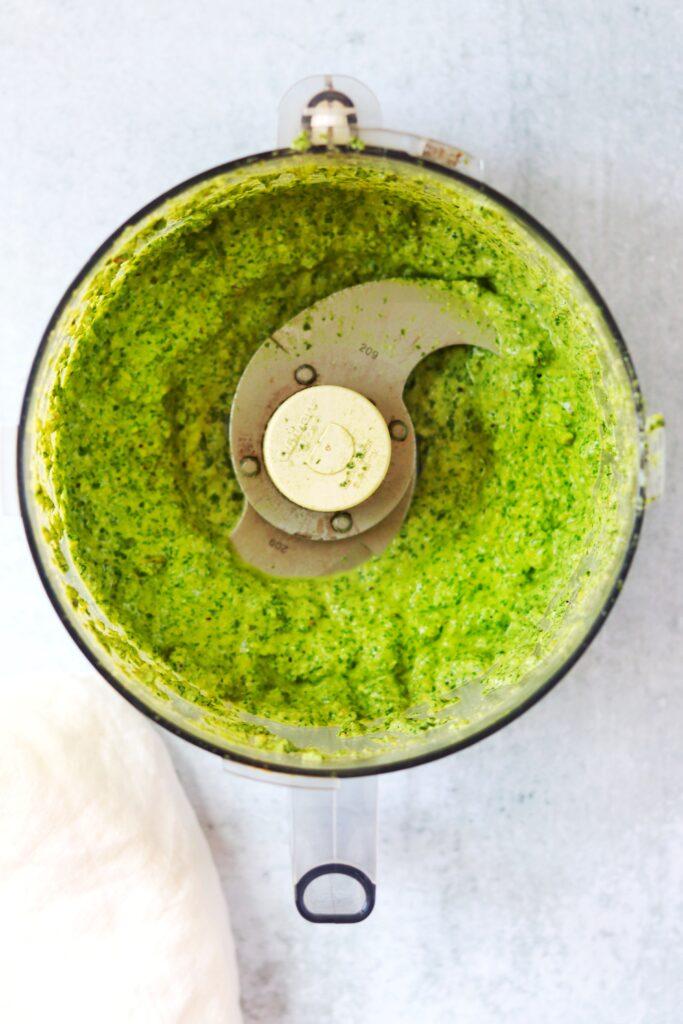 Vegan Pesto in Food Processor - Daisybeet