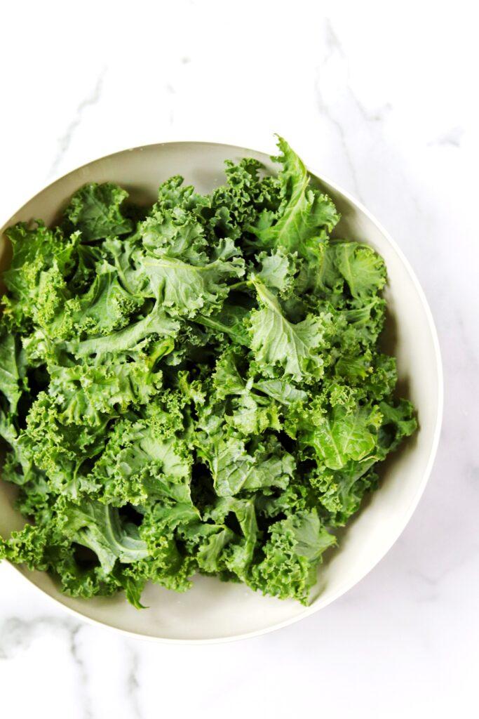 Leafy greens - best foods for brain health - Daisybeet