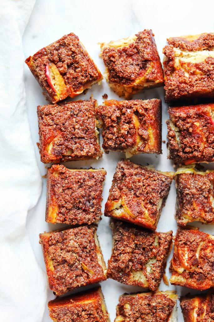 Apple cinnamon coffee cake - Daisybeet