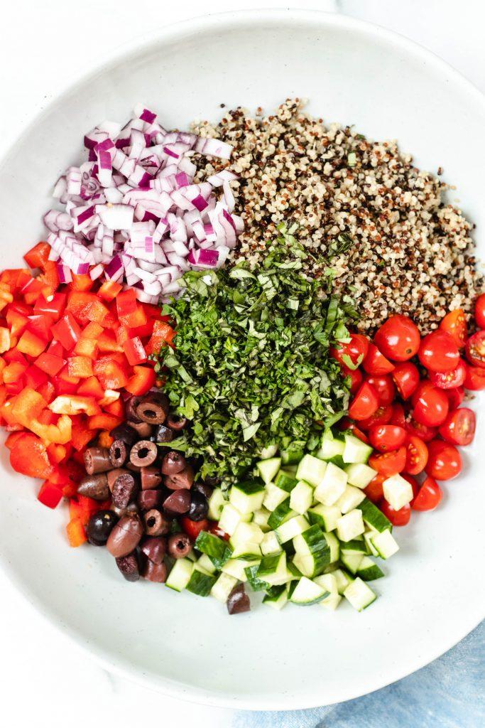 Mediterranean Quinoa Salad - Daisybeet